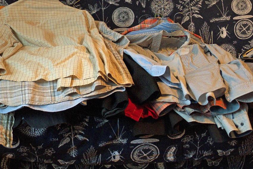 magia sprzątania, porządkowanie ubrań